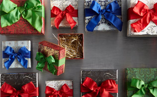 Winter Wrappings: Greeting Cards, Gift Boxes & More!