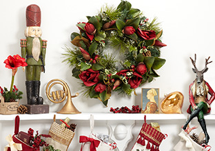 The Holiday Mantel: Accents!
