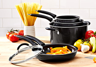 The Home Chef: Cookware & Bakeware
