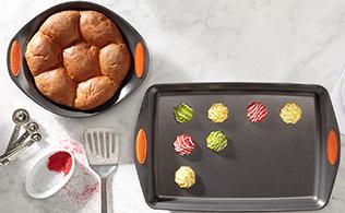 Sweet Tooth: Expert Bakeware!