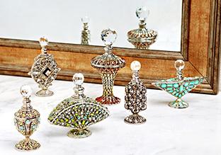 Elegant Vanity: Crystal Perfume Bottles!