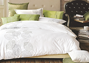 A Luxurious Sleep: Bedding!