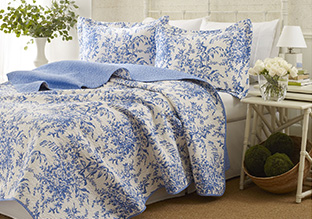 Up to 75% Off: Quilts & Coverlets!