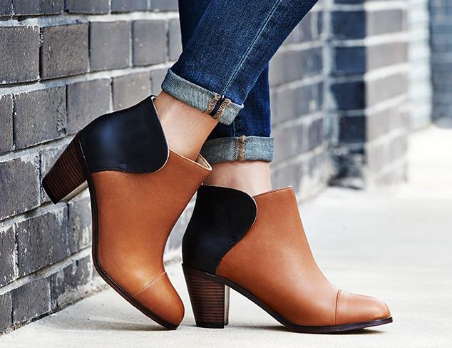 Chic's fall footwear styles