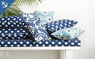Swim & Sun: Poolside Pillows & Cushions!