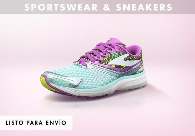 Sportswear & sneakers!