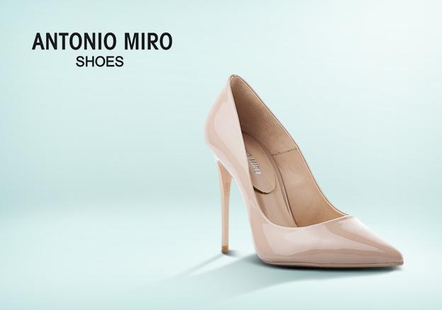 Antonio Miro!