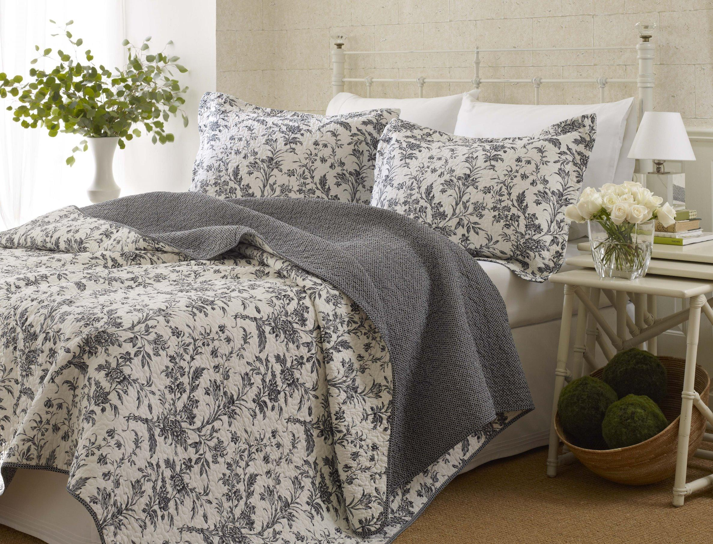 Gray Quilt Sets