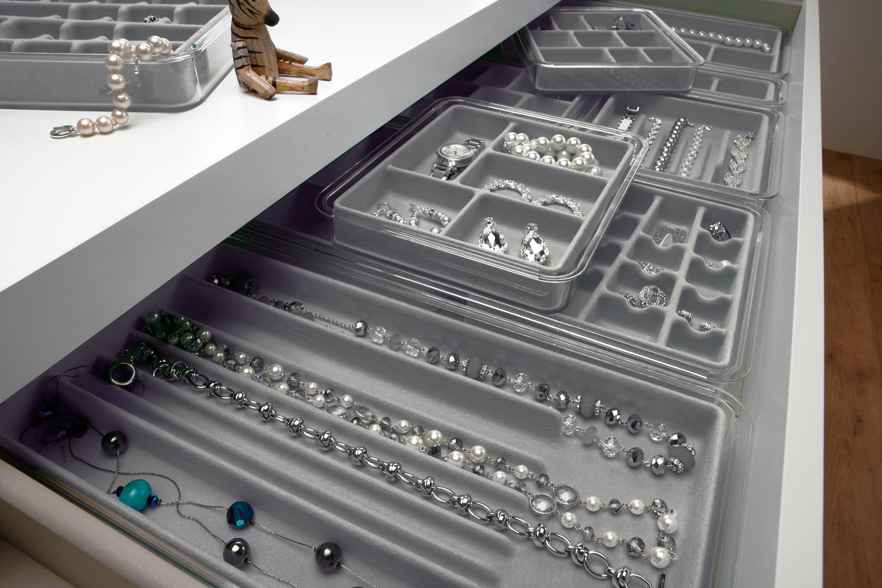 Amazon.com - Neatnix Jewelry Stax Necklace Organizer