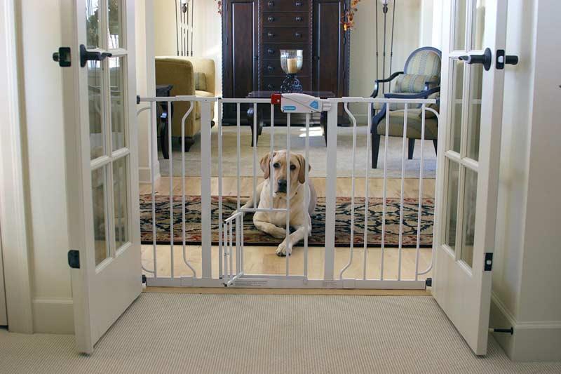 Child Pet Gate Adjustable Walk Thru Hallway Safety Fence Barrier Dog